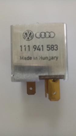 VW Volkswagen Beetle and Kombi Headlamp Headlight Relay 5 Pin